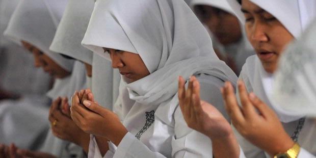 Tata Cara dan Doa Agar Mendapat Nilai Yang Bagus Saat Ujian